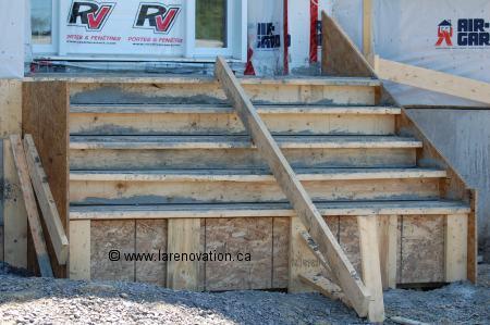 Photo Duun Escalier Aprs Le Coulage Du Bton With Construire Un Escalier En  Bois Interieur