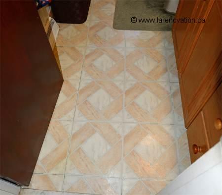 faire la r novation d 39 un plancher de salle de bain. Black Bedroom Furniture Sets. Home Design Ideas