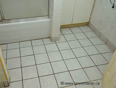 Faire la r novation d 39 un plancher de salle de bain for Comment percer de la ceramique