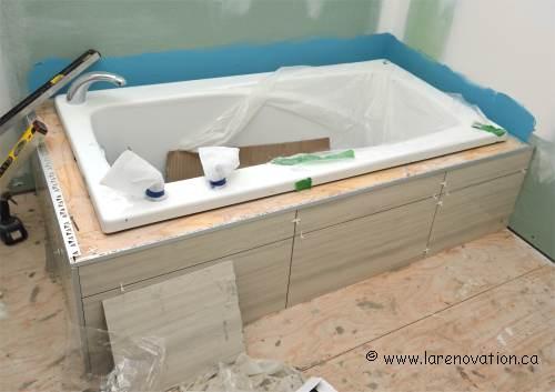 Installer une baignoire - Comment installer une colonne de douche dans une baignoire ...