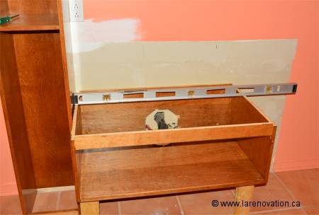 Installer une vanit de salle de bain for Installer un aerateur salle de bain