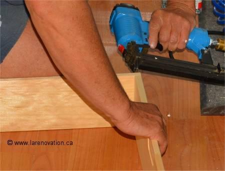 Fabriquer le cadre de porte for Cadre de porte interieur